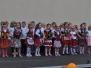 Występ zespołu TOMICZANIE i WIOLINKI na szkolnym festynie